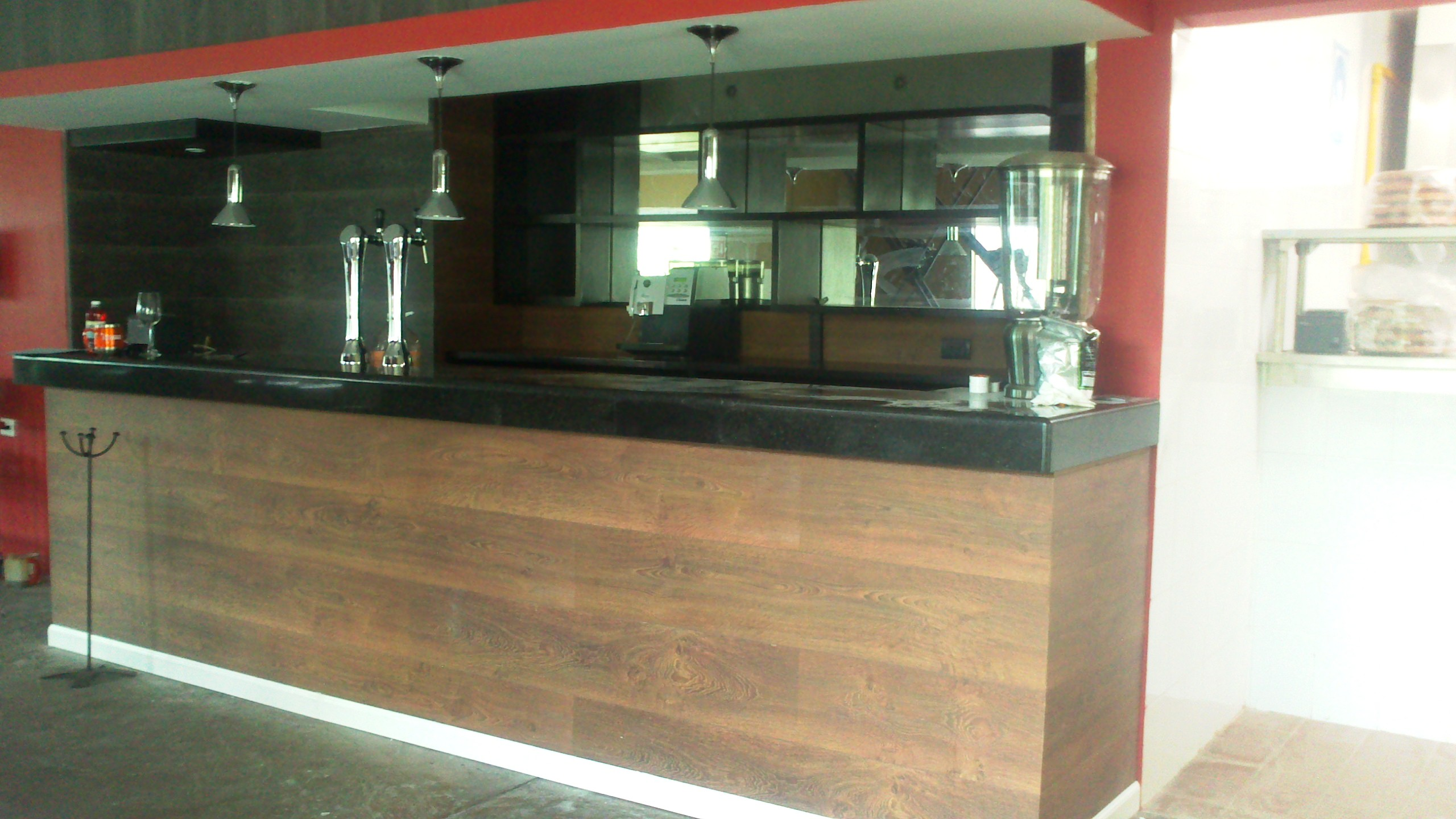 Puertas de madera mexico related keywords puertas de for Barras de bar para casa