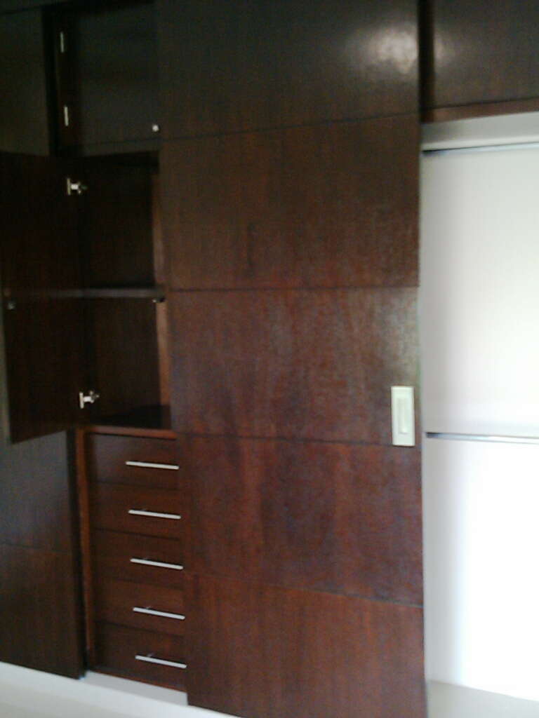 Grupodumex for Closets finos madera