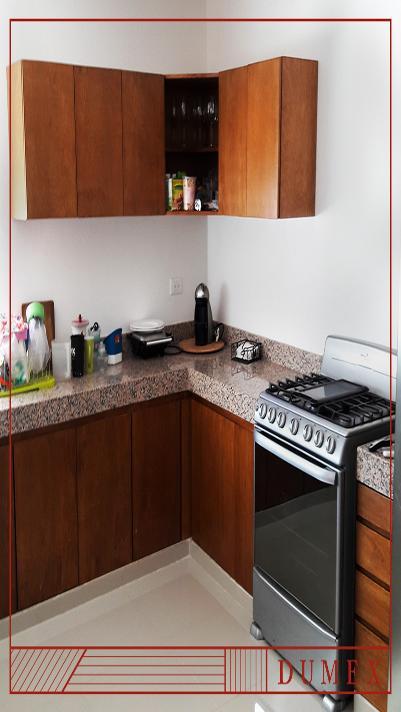 Deck de madera for Gabinetes cocina integral