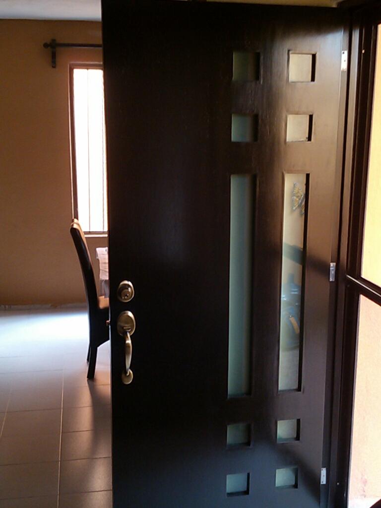 Puertas de acero inoxidable y vidrio awesome fijo en for Puertas de aluminio y vidrio modernas