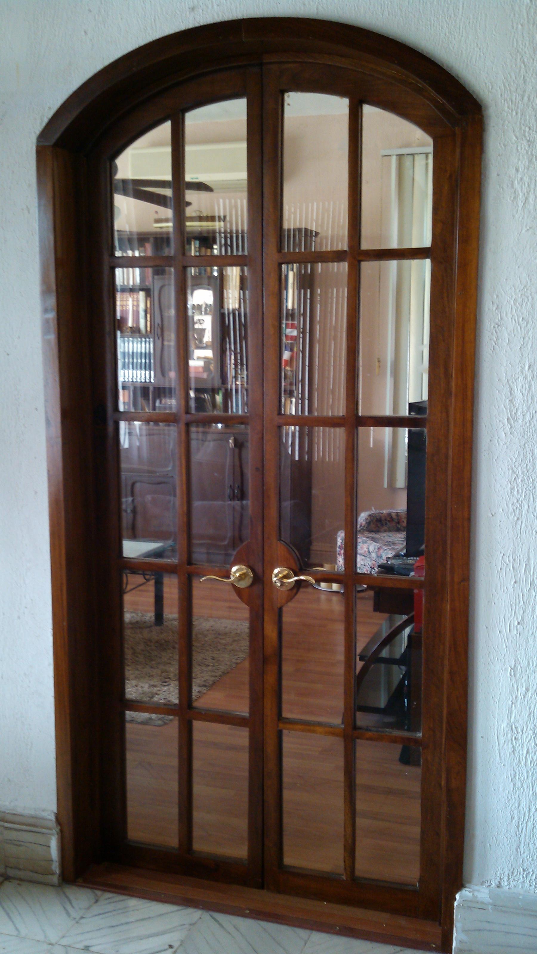 Ventanas puertas y ventanas de madera en puerto rico tattoo design bild for Puertas en aluminio