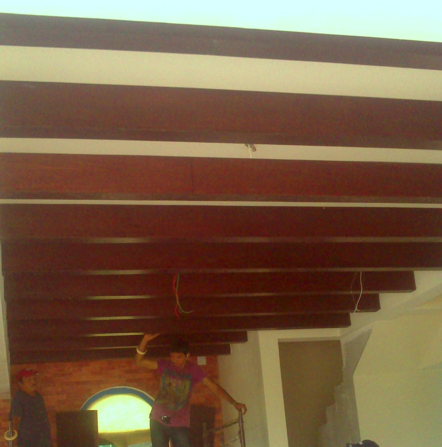 Grupodumex for Plafones de madera pared